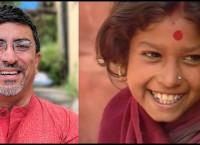केदार शर्मा (बायाँ) र फिल्म 'उजेली'को दृश्यमा मुख्य पात्र वृन्दा अधिकारी।