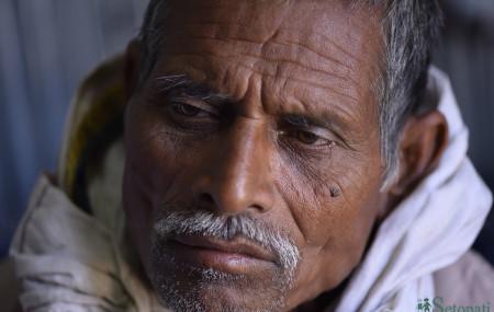 उखु किसान महेन्द्र महतो। तस्बिर : नारायण महर्जन/सेतोपाटी